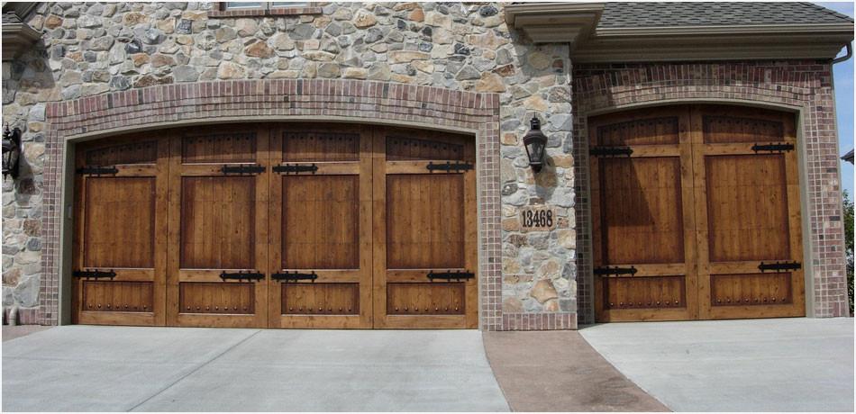 Garage Door Services In Peoria Az Peoria Garage Doors Technicians